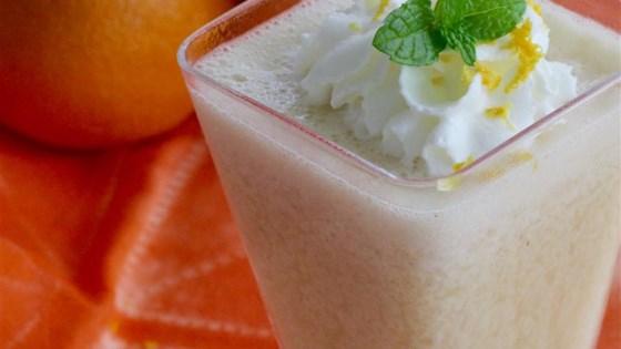 Banana-Orange Smoothie 1