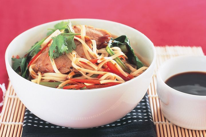Barbecue pork and noodles 1
