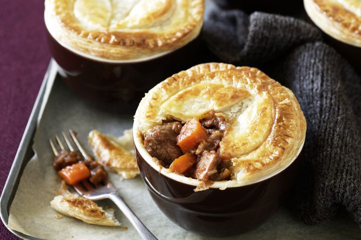Beef, balsamic and tomato pot pies 1