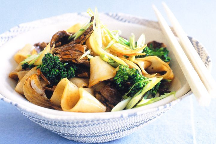 Beef, broccolini and rice noodle stir-fry 1