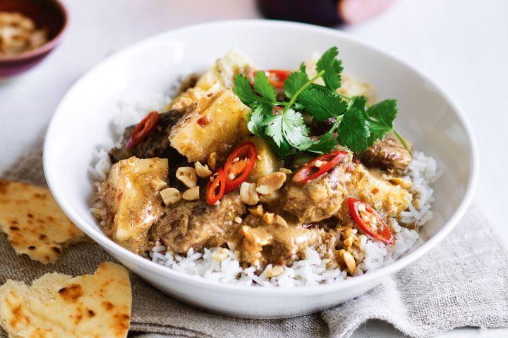 Beef massaman curry 1