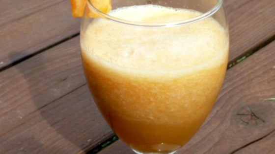 Cantaloupe Sipper 1