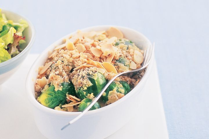 Chicken and baby brussels sprouts au gratin with grapefruit salad 1