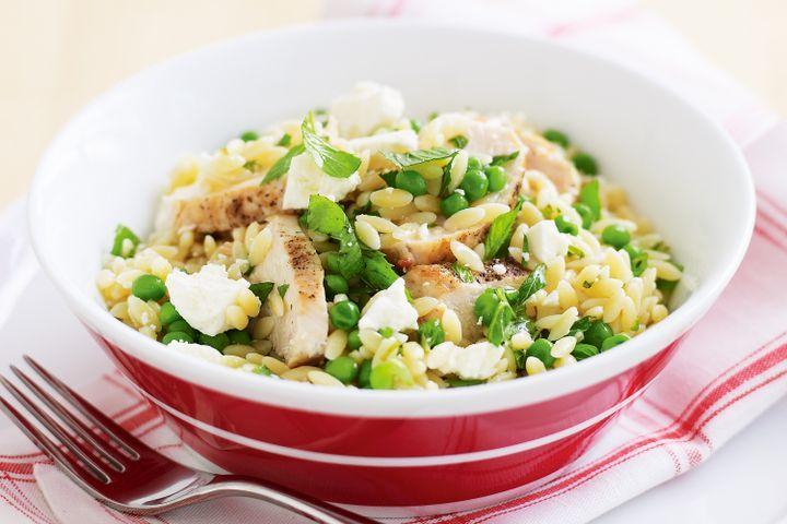 Chicken, feta and pea risoni salad 1