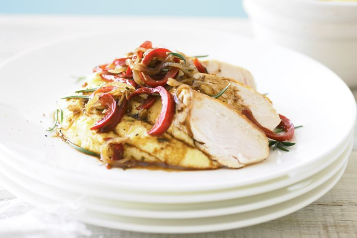 Chicken with polenta and red capsicum ragout 1