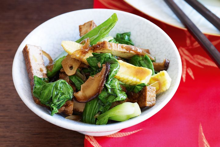 Chinese stir-fried vegetables with tofu 1