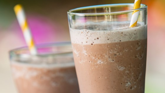Chocolate Almond Banana Smoothie 1