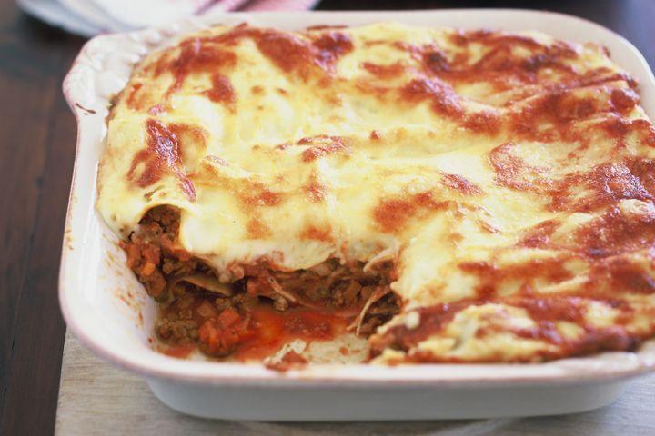 Classic beef lasagne 1