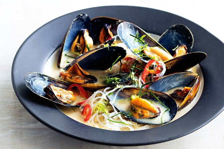 Coconut and lemongrass mussels with noodles 1