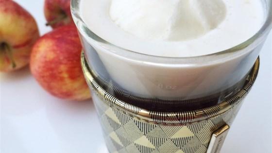 Creamy Apple Cider Float 1