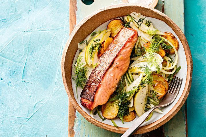 Crispy salmon with fennel, pear and cucumber salad