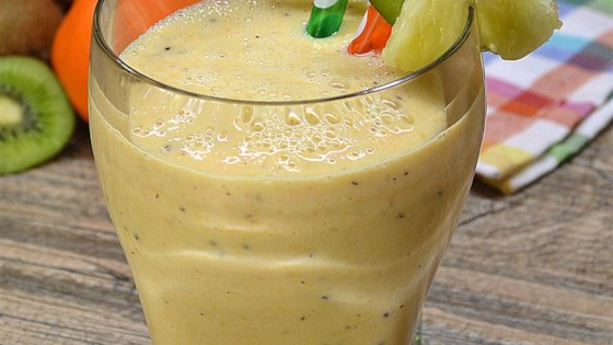 Crunchy Pineapple Smoothie 1