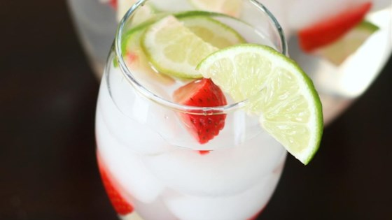 Fruit-Flavored Water 1