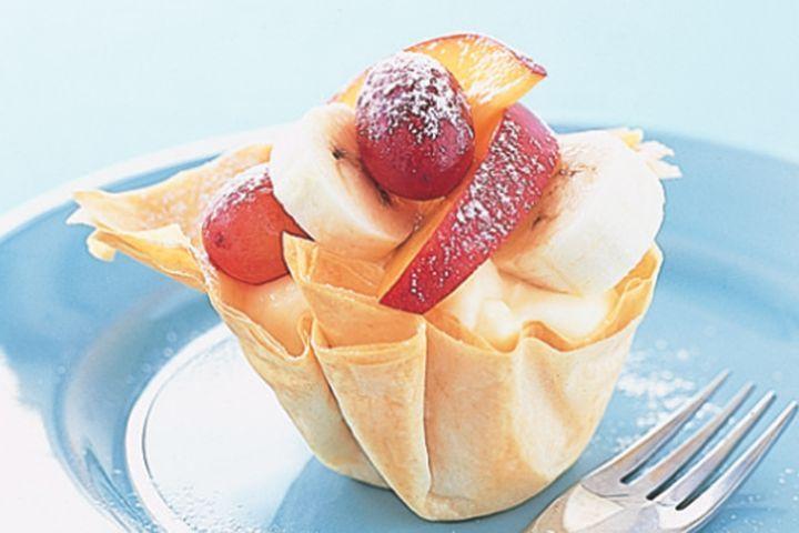 Grape nectarine and banana baskets 1