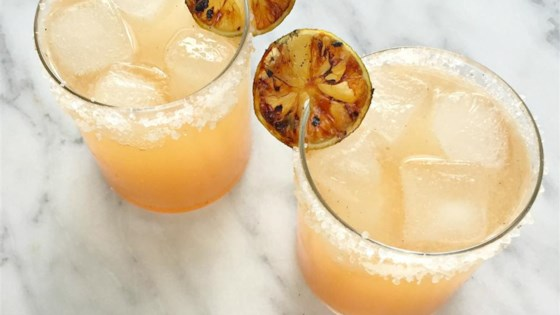 Grilled Grapefruit Paloma Cocktail 1