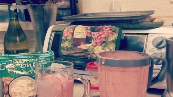 Healthy Strawberry Apriplum Yogurt Smoothie 1