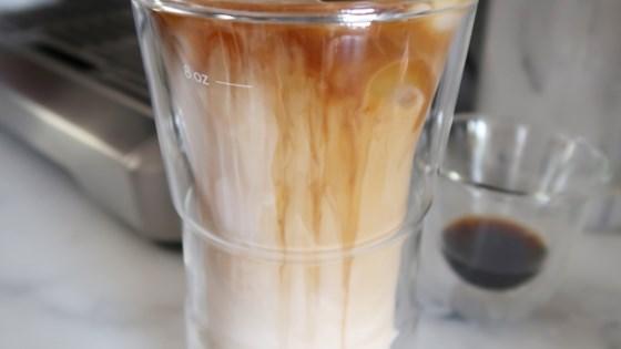 Iced Caramel Macchiato 1
