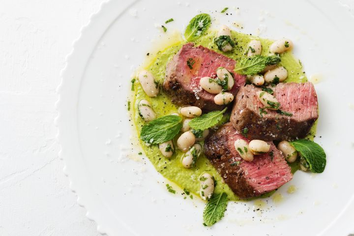 Lamb with green pea hummus and white beans 1