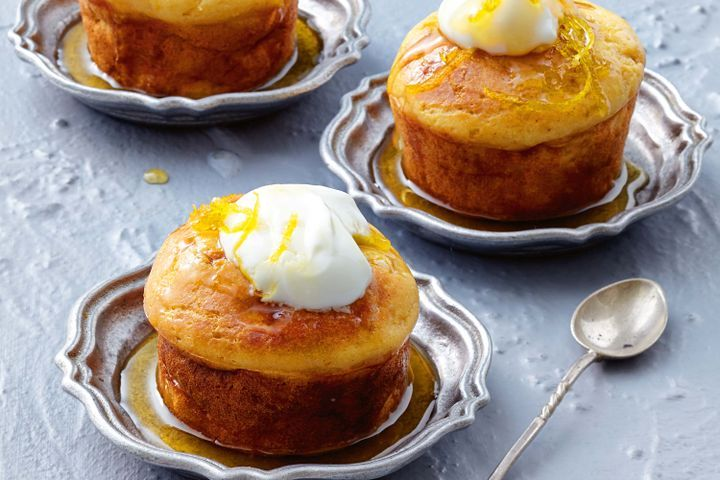 Lemon and yoghurt syrup cakes 1