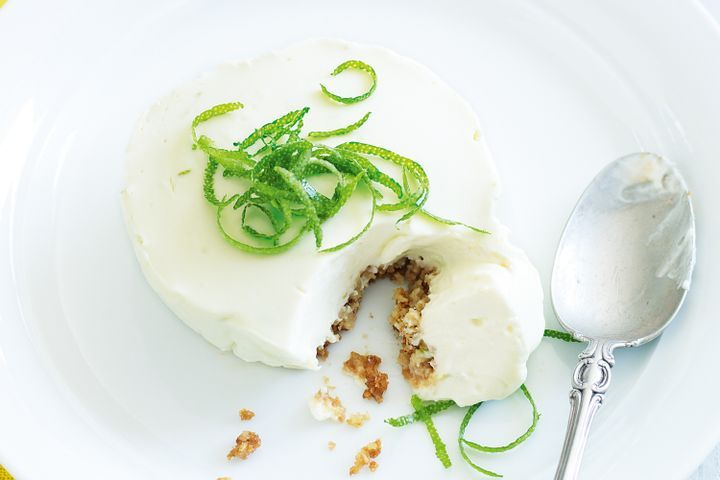 Lime and yoghurt cheesecakes 1