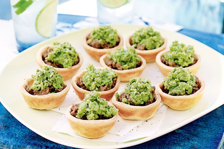 Mini lamb pies with smashed peas 1
