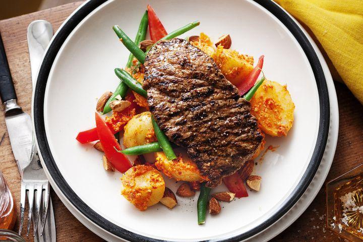 Minute steaks with romesco salad 1