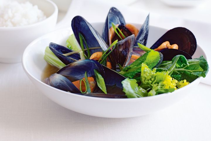 Mussels with ginger and green onions 1