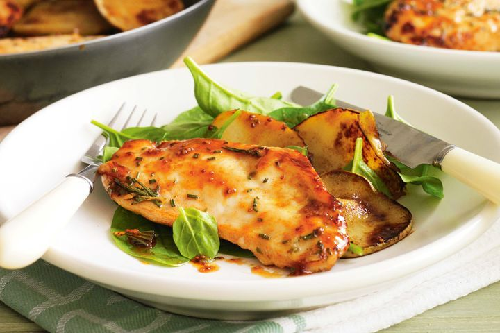 Paprika and maple chicken escalopes with pear 1