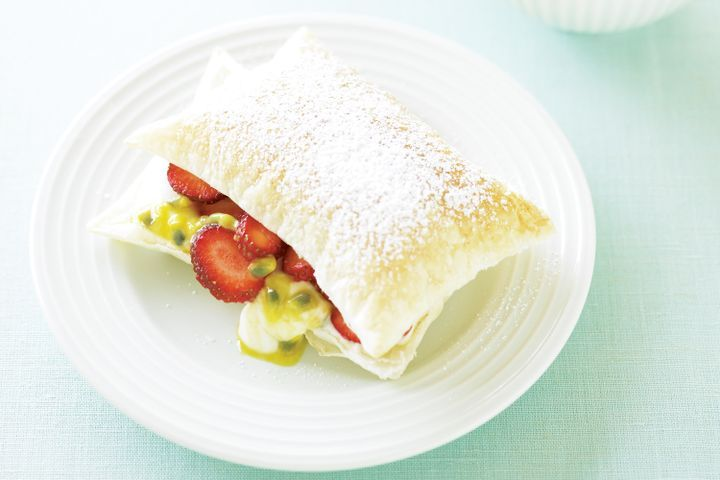 Passionfruit & strawberry mille-feuille 1