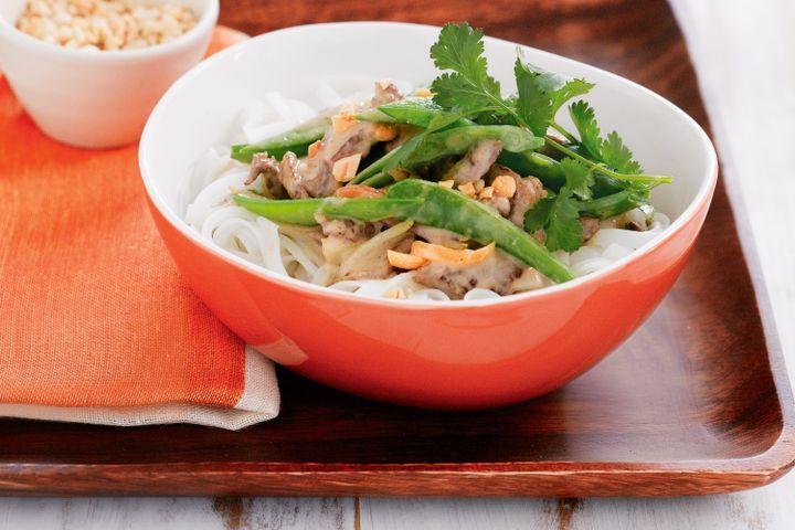 Peanut and ginger lamb with snow peas and rice noodles 1