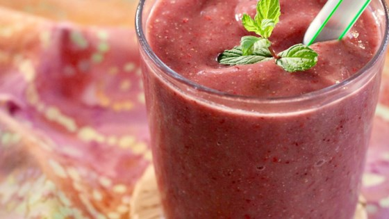 Raspberry and Cherry Smoothie 1