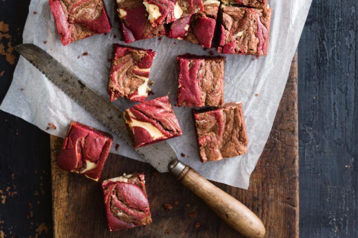 Red velvet cheesecake swirl brownie 1