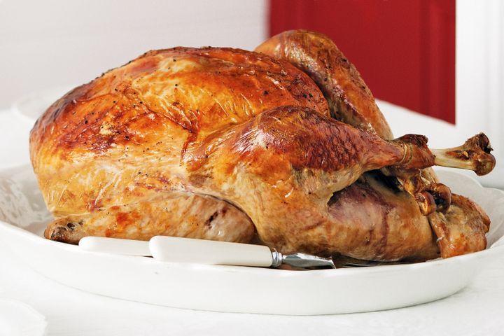 Roast turkey with apricot and hazelnut stuffing 1
