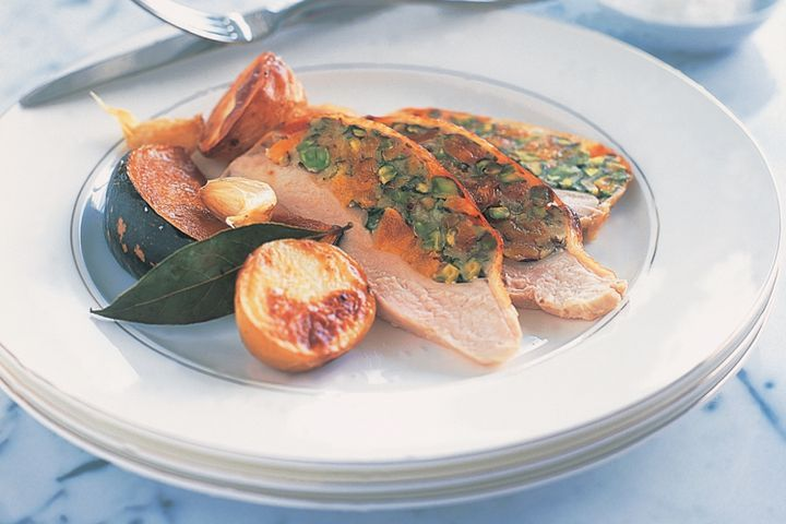 Roast turkey with peach & pistachio stuffing 1