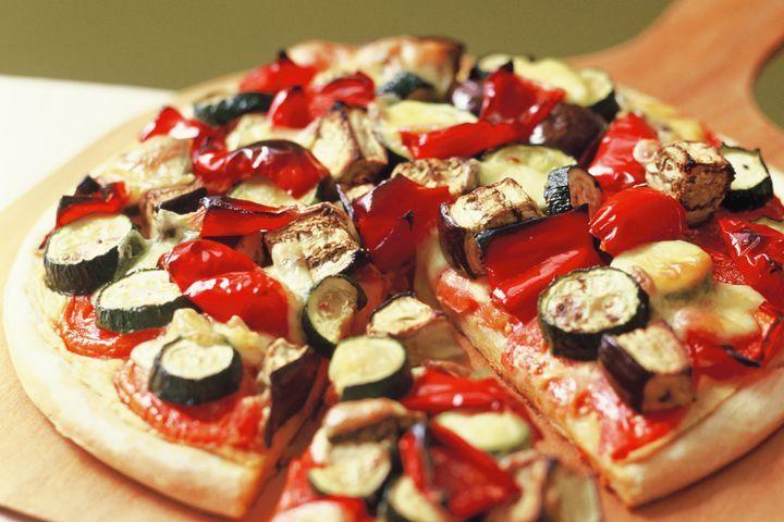Roasted vegetable pizza 1