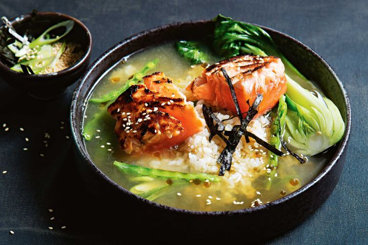 Salmon and green tea rice bowl 1