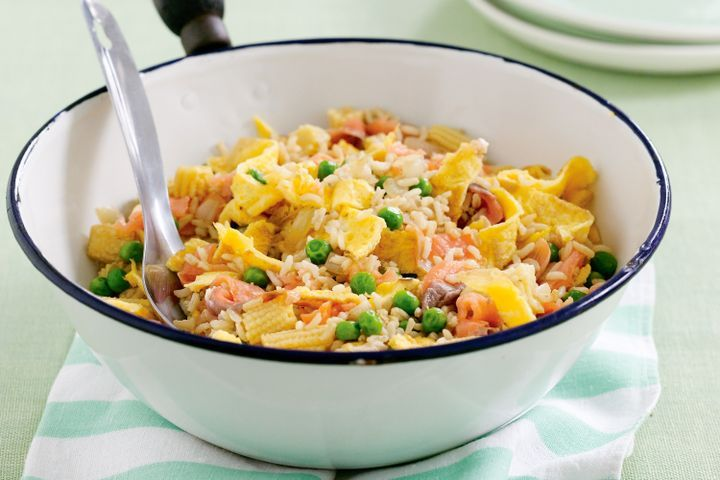 Salmon and omelette fried rice 1