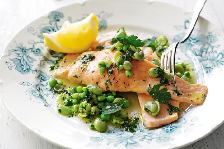 Salmon with broad beans & parsley oil 1