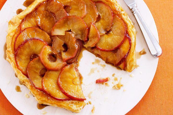 Sliced apple tarte tatin 1