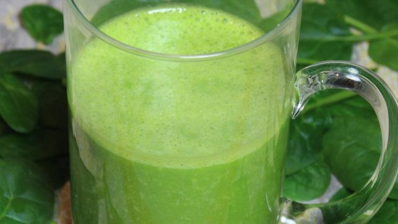 Spinach and Banana Power Smoothie 1