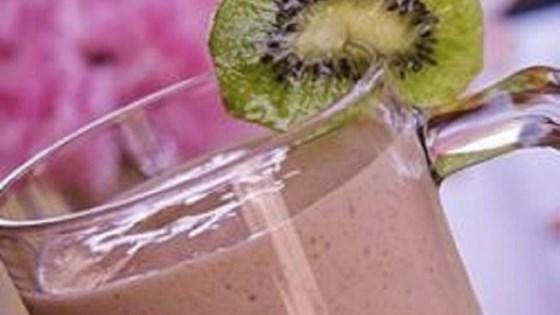 Strawberry Kiwi Milkshakes 1