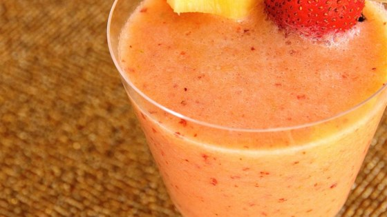 Strawberry, Pear, Pineapple, and Mint Smoothie 1