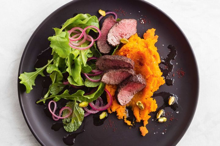 Sumac-crusted lamb with carrot smash and mint salad 1