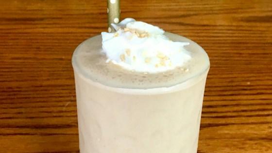 The Perfect Peanut Butter Milkshake 1