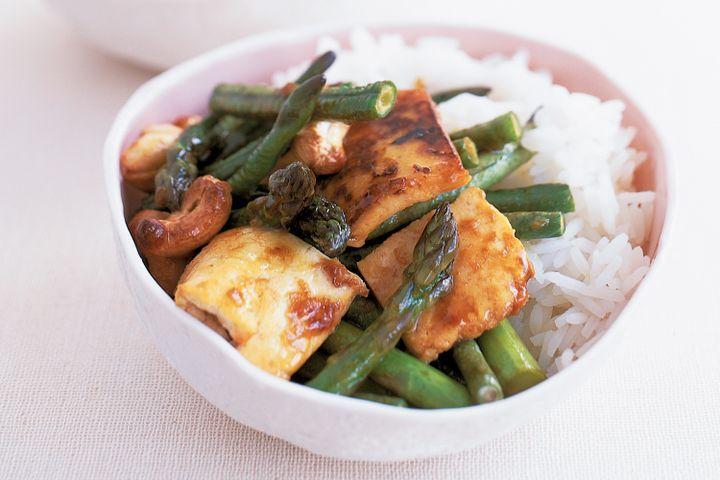 Tofu, asparagus & snake bean stir-fry 1