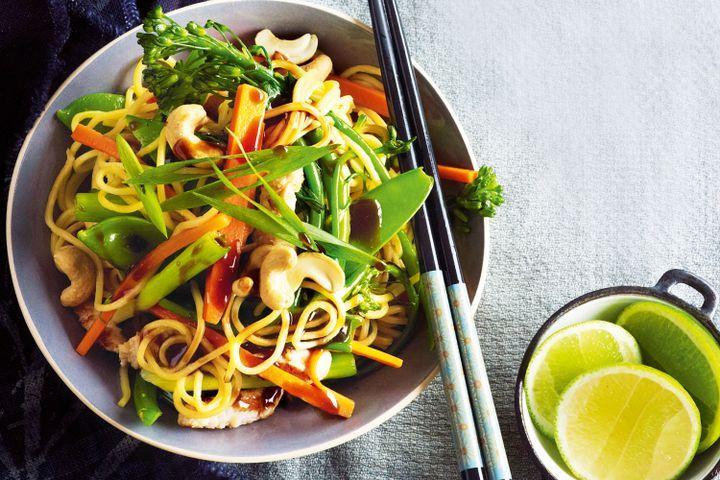 Turkey & cashew noodle stir-fry 1