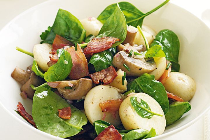 Warm potato, bacon & mushroom salad 1