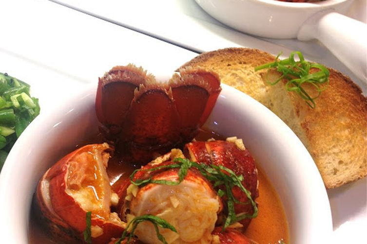 Chili Lobster with Texas Toast 1