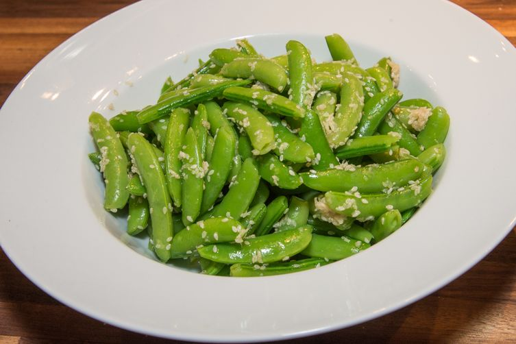 Snappy Ginger Garlic Peas