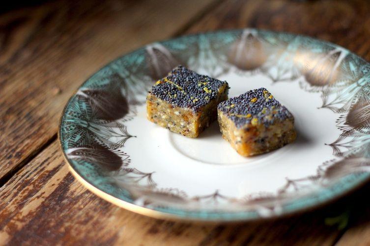 Lemon Poppy Seed HomemadeLarabars 1